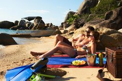 Imagen Orpheus Island Day Trip by Helicopter from Townsville