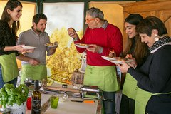 Milan: Traditional Homemade Pasta Cooking Experience
