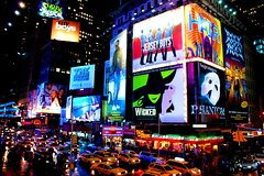 Imagen Small-Group Broadway Theater District and Times Square Walking Tour