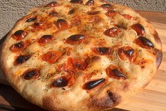 Private Tour: Trani Walking Tour with Typical Focaccia Tasting