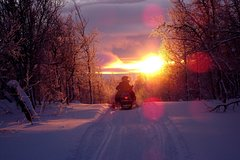 Guided snowmobile tour near downtown Quebec City (4 hours)