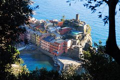 Cinque Terre Wine Tasting and Boat Trip