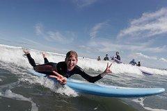Imagen Raglan Day Trip and Surf Lesson
