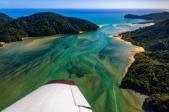 Imagen Fly Golden Bay & Cruise Abel Tasman Day Tour from Nelson