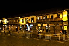 Imagen Cusco by Night, Walking Tour, Pisco Sour and Traditional Dinner