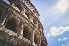 The COLOSSEUM in a 1-hour guided Tour