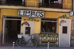 Imagen Explore Malasaña with a Local