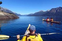 Imagen Tailored Full Day Kayaking Adventure across the lakes of Bariloche