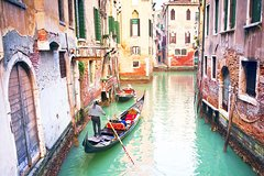 Full day best of Venice private guided tour with Doges Palace and Murano Is