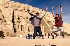 abu simbel from Aswan by private vehicle