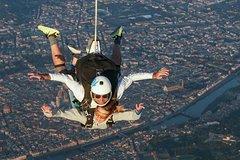 Jump over Florence city (basic)