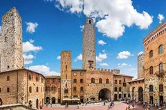 Small Group Tour:Half Day Trip Super Tuscan and Chianti wines with San Gimignano