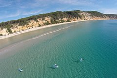 Imagen Stand Up Paddle 4WD Day Trip from Noosa Including Great Beach Drive Experience