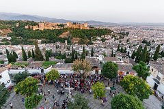 Imagen Alhambra and Albaicin: Private Half Day tour with official tour guide