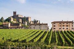 Soave Borgo & Wine tasting tour from Verona