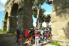 Private 6-hour Bike Tour: Appian Way and Aqueducts Park