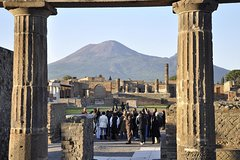 Private Tour of Pompeii Archaeological site with official tour guide
