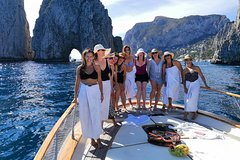 Small-Group Capri Island Boat Tour from Naples