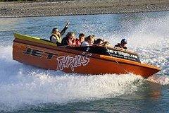 Imagen Akaroa Shore Excursion: Banks Peninsula, Christchurch City Tour and Jet Boat on Waimak River