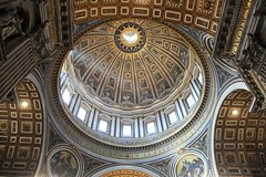 Vatican Museums Sistine Chapel and Saint Peters Basilica 4 Hours Extended