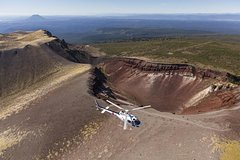 Imagen Mount Tarawera Volcanic Adventure by Helicopter