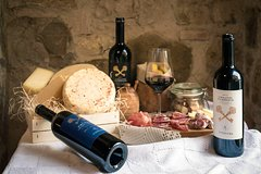 Tuscany: Wine & Food Tasting in San Gimignano Winery