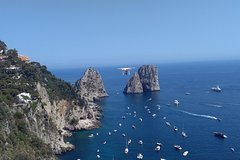 Capri Boat Tour - 6 Hours Stop on the Island & Full Boat Ride around th