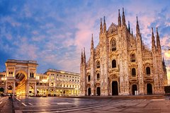 Private Sightseeing Tour in Milan with Local Guide for Groups and Individuals