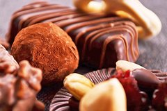 Chocolate Tour in Turin for Kids and Families Including Gianduiotto and Bic