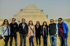 Ver la ciudad,City tours,Tours con guía privado,Tours with private guide,Especiales,Specials,Pirámides de Gizeh,Pyramids of Giza,Museo Egipcio,Egyptian Museum,Excursión a Saqqara,Excursion to Saqqara