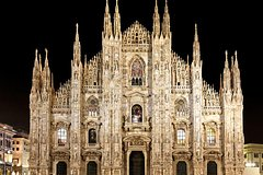 Illuminated Milan Tour of Must-See Sites for Kids & Families with Gelat