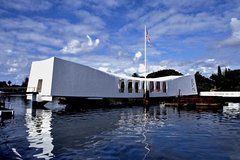 Honolulu Hawaii Pearl Harbor World War II History Tour 103896P2