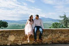90 Minute Private Vacation Photography Session with Photographer in Tuscany