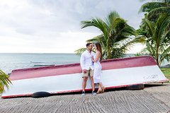 30 Minute Private Vacation Photography Session with Photographer in Mauritius