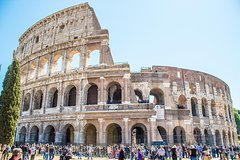 Skip-the-line Colosseum, Forum & Trevi Fountain Tour in Rome with Gelato Tasting