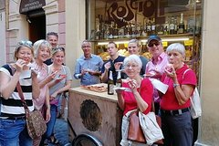 Imagen Budget Street Food Tour of Campo de Fiori, Jewish Ghetto & Pantheon with Gelato