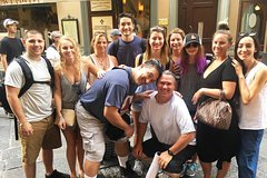 Budget Small-Group Tour of Florence main attractions with local licensed Guide