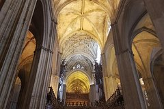 Imagen 1-Hour Guided Seville Cathedral Tour and Giralda Tower Climb