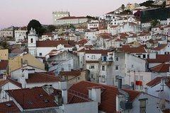 Imagen Altes Lissabon: 3-stündiger Nachbarn-Spaziergang Alfama und São Jorge