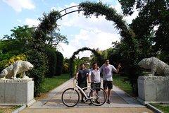 Imagen Madrid Highlights: Guided E-Bike Tour
