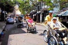 NhaTrang Night Tour by Pedicab Rickshaw & Gilina Dream Show
