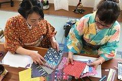 Origami in Kimono and Stroll Around Shukkeien Garden or Hiroshima Castle