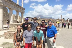 Skip-the-line Small Group Guided Tour of Pompeii top Highlights with local guide