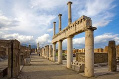 City tours,Excursions,Theme tours,Historical & Cultural tours,Full-day excursions,Excursion to Pompeii