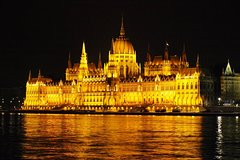 Guided tour of the two World Heritage sites in Budapest