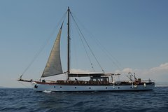 Classic yachting experience off the coast of Athens