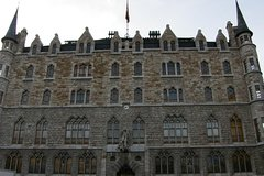 City tours,City tours,City tours,Walking tours,Tours with private guide,Specials,