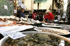 Special Naples: Food, History, Culture and Markets with a local guide