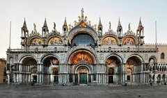 Private 2 or 3 Hour Walking Tour of Venice with private official tour guide