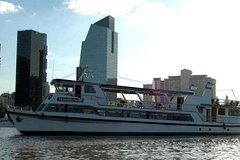 Imagen Shore Excursion: Buenos Aires City Tour and Sailing Boat with Lunch